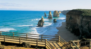 Great Ocean Road and magnificent 12 Apostles Tour
